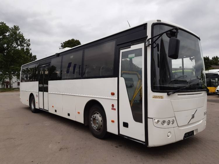 VOLVO B7R 8700 ONLY 422100 KM