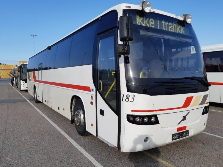 VOLVO B12M CARRUS 9700S; 13,48m; 54 seats