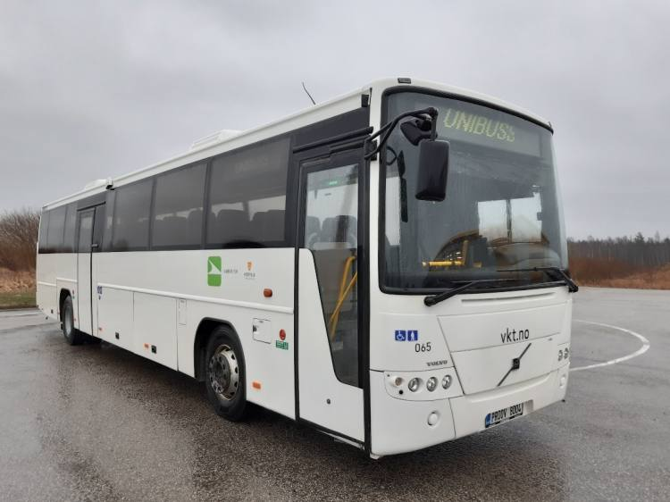 VOLVO B12B 8700, 12,9m, 48 seats, Handicap lift, EURO 5; 2 UNITS