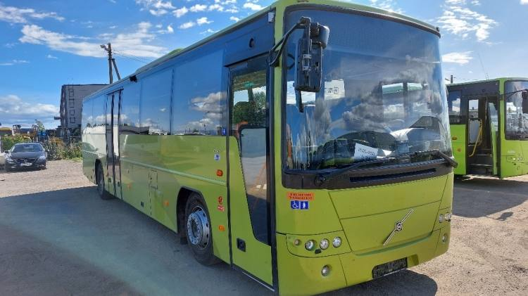 VOLVO B7R 8700; CLIMA; Handicap lift; 45 seats; 12,2 m; EURO 5; 7 UNITS