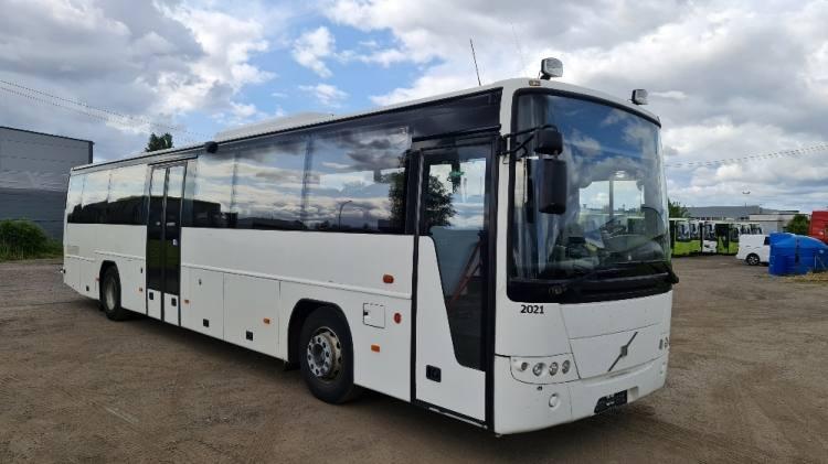 VOLVO B12B 8700 CLIMA, HANDICAP LIFT; 13 m; 49 seats; EURO 5