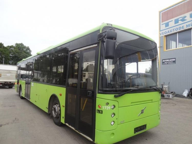 VOLVO B7R VEST CENTER 3-doors; Clima; 12,82m; 38 seats; Euro 5