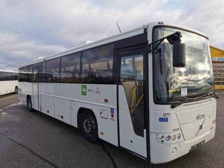 VOLVO B12B 8700, 12,9m, 48 seats, handicap lift, EURO 4; 7 UNITS