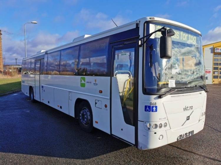 VOLVO B12B 8700, 12,9m, 49 seats, Handicap lift, EURO 5; 4 UNITS
