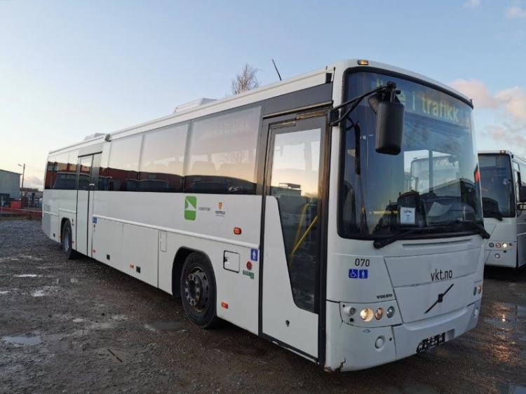 VOLVO B12B 8700, 12,9m, 48 seats, handicap lift, EURO 4; 6 UNITS