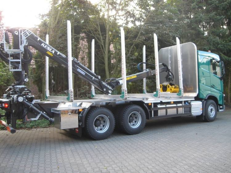 VOLVO NEW FH12.540 6x4 with CRANE FH12.540